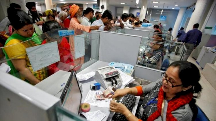 Banks to Charge For Deposits & Withdrawals From Nov 1
