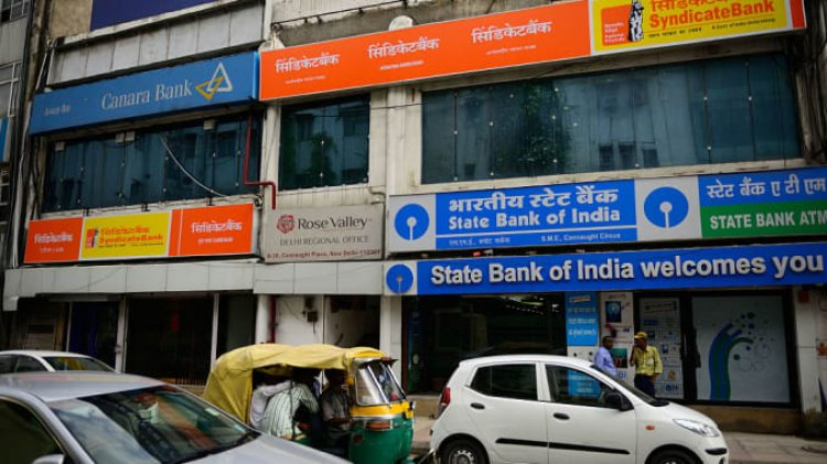 Alert for customers of 7 banks - THESE changes to take place from April 1