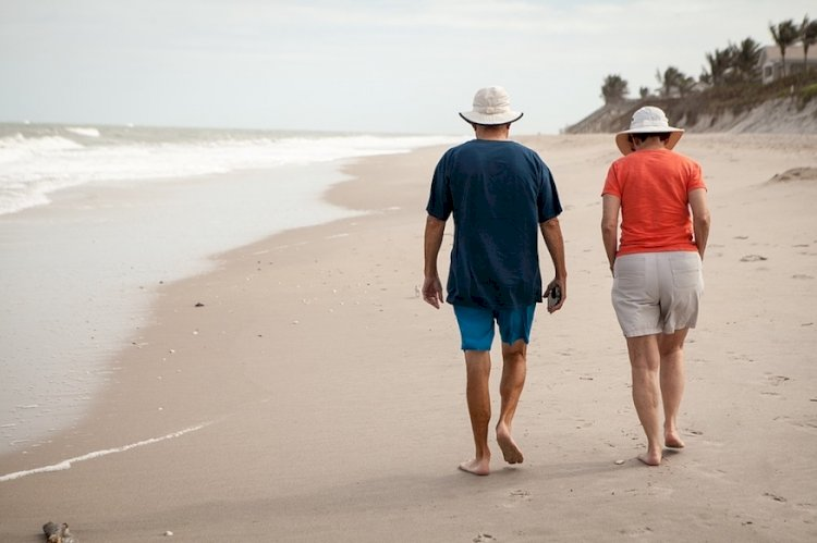 Maintain Physical Fitness Through 50s and Beyond to Enjoy a Fit, Healthy Retirement