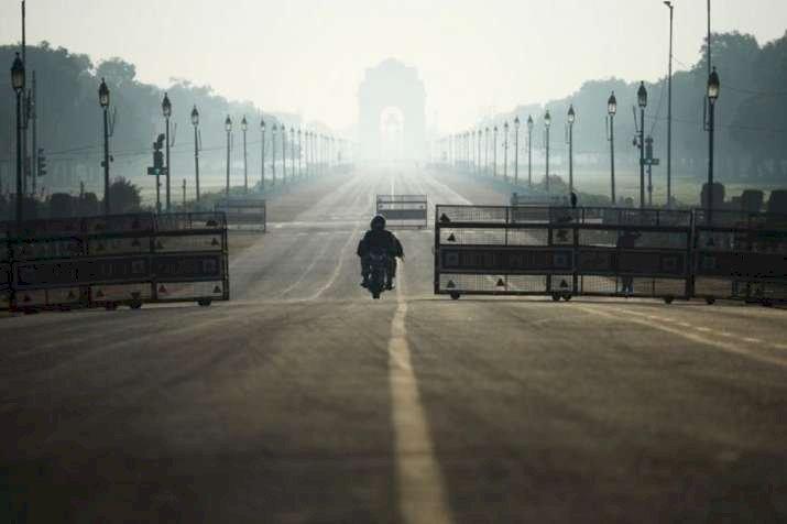 Delhi & NCR Under Lockdown Till 31 March, All Passenger Trains Cancelled
