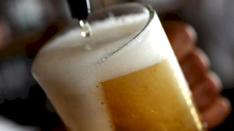 Lakhs of litres of beer may go down the drain; Liquor worth Rs 700 cr 'stuck' in northern states