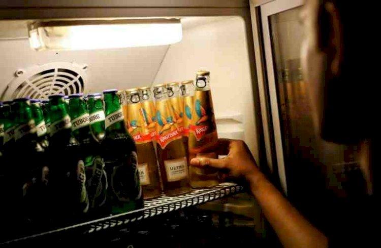 Delhi govt launches e-token for purchase of liquor to avoid overcrowding