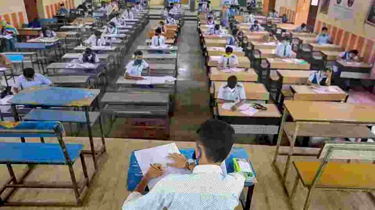 SC tells CBSE to consider scrapping of remaining exams and allot marks on basis of internal assessment
