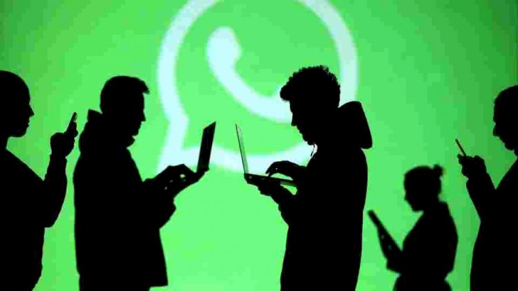 WhatsApp's multiple device support is going to sync your chat history across platforms
